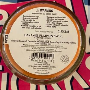 Bath & Body Works Accents - Caramel Pumpkin Swirl Candle